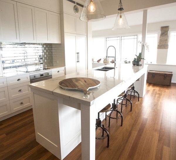 kitchen benchtop with Smartstone Calacatta Blanco