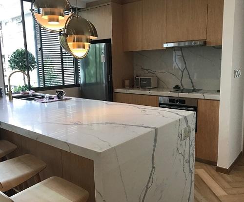 quartz benchtop in Smartstone Statuario Venato