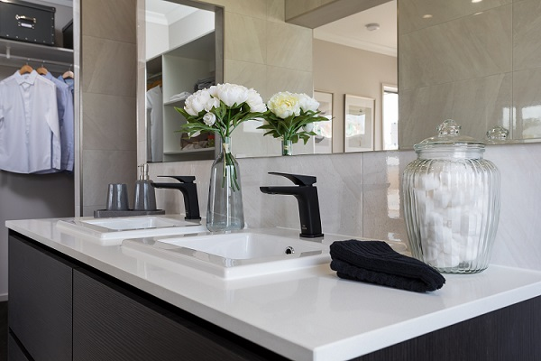 Smartstone Nieve White in bathroom vanity