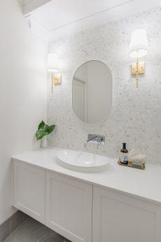 bathroom vanity with Smartstone Nieve White